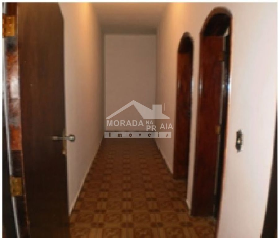 Corredor do casa geminada com 3 dormitórios em MIRIM - PRAIA GRANDE