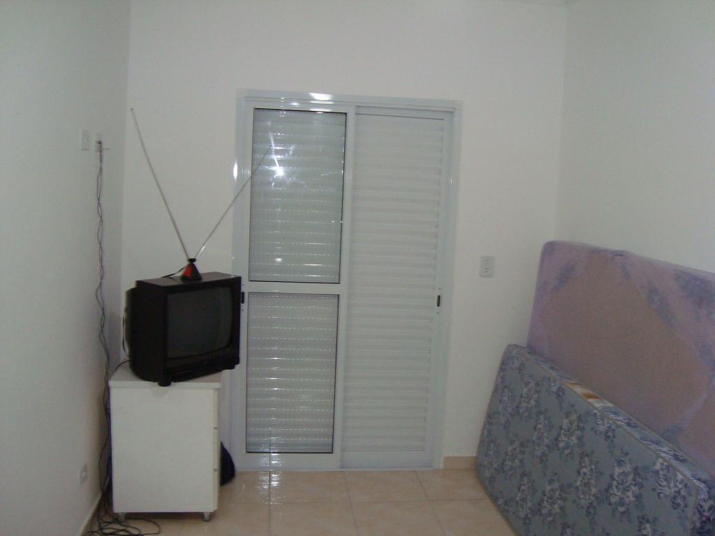 Dormitório ang 02 do apartamento com 2 dormitórios em AVIAÇÃO - PRAIA GRANDE