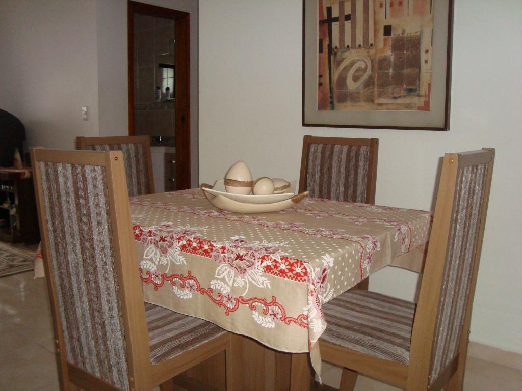 Sala ang 02 do apartamento com 2 dormitórios em AVIAÇÃO - PRAIA GRANDE