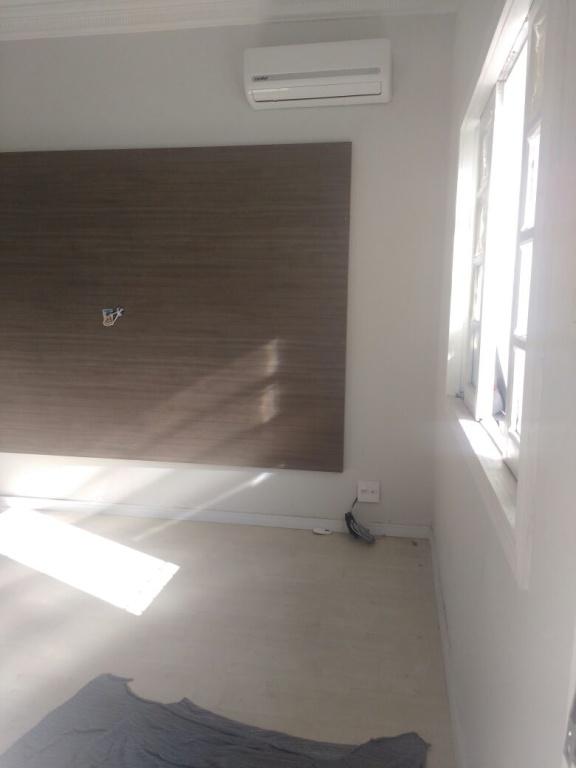 Sala ang 03 do casa geminada com 2 dormitórios em AVIAÇÃO - PRAIA GRANDE