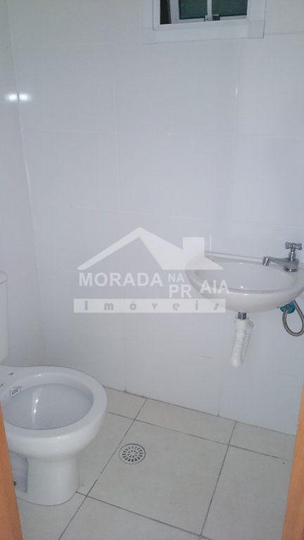 Lavabo do apartamento com 3 dormitórios em AVIAÇÃO - PRAIA GRANDE