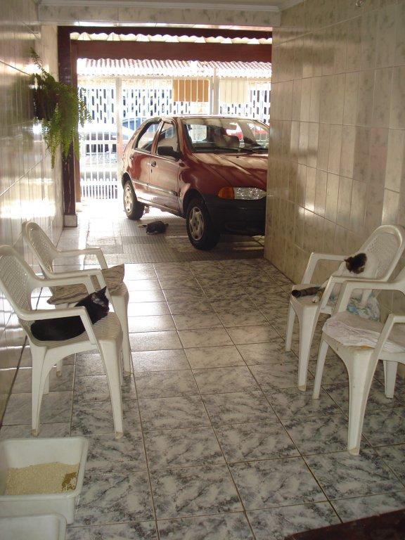 Garagem do casa geminada com 3 dormitórios em BOQUEIRÃO - PRAIA GRANDE