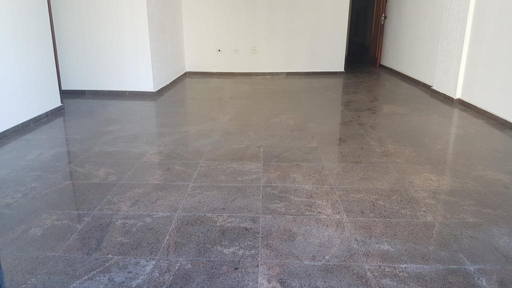 Sala ang 02 do apartamento com 4 dormitórios em CANTO DO FORTE - PRAIA GRANDE