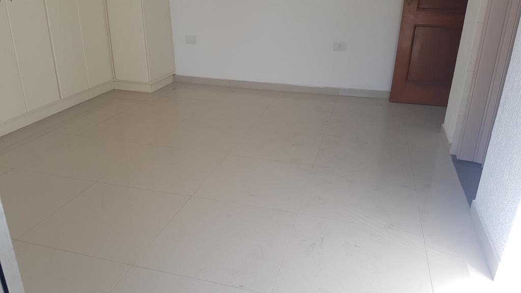 Suíte 01 ang 03 do apartamento com 4 dormitórios em CANTO DO FORTE - PRAIA GRANDE