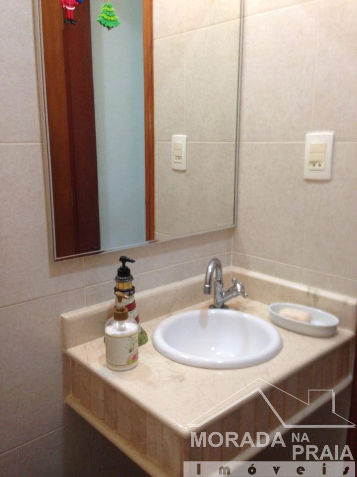 LAVABO do apartamento com 4 dormitórios em CANTO DO FORTE - PRAIA GRANDE
