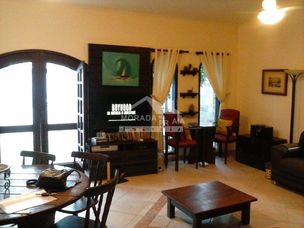 Sala do casa isolada com 3 dormitórios em CANTO DO FORTE - PRAIA GRANDE