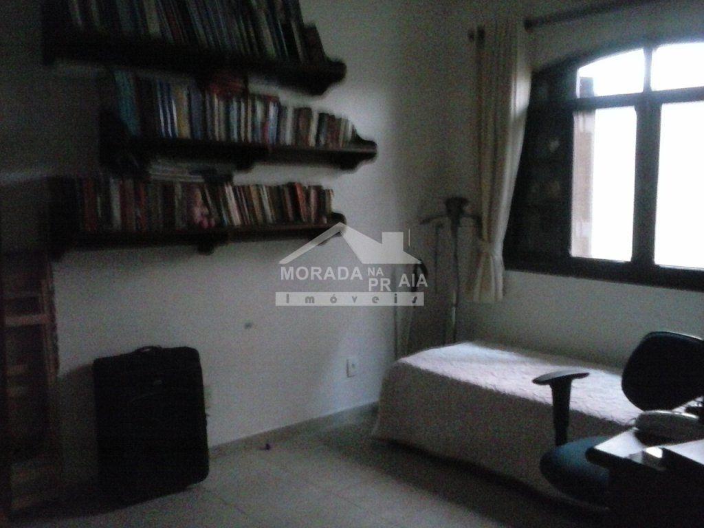Dormitório  do casa isolada com 3 dormitórios em CANTO DO FORTE - PRAIA GRANDE