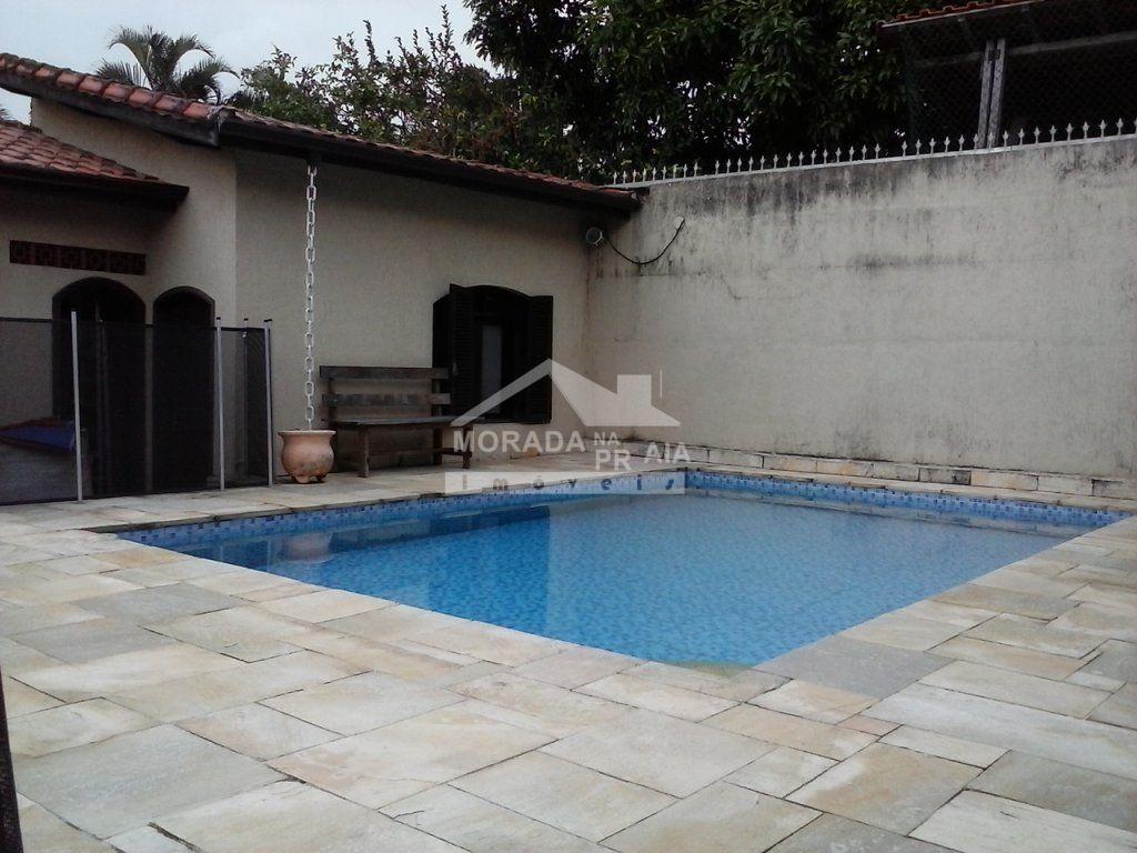 Piscina do casa isolada com 3 dormitórios em CANTO DO FORTE - PRAIA GRANDE