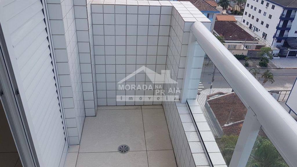 Sacada da suíte do apartamento com 1 dormitórios em CANTO DO FORTE - PRAIA GRANDE