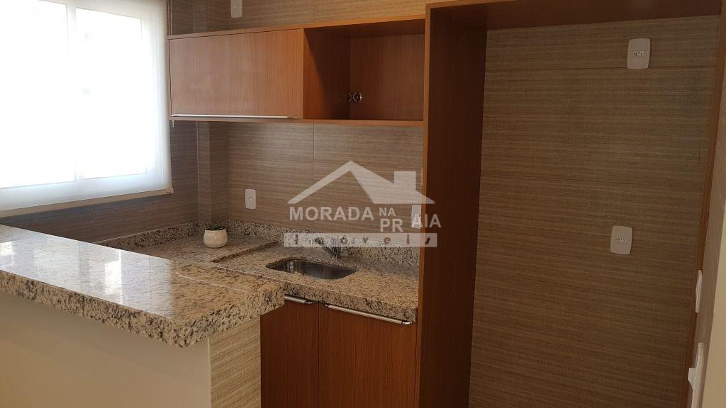 Cozinha do salão de festas do apartamento com 1 dormitórios em CANTO DO FORTE - PRAIA GRANDE