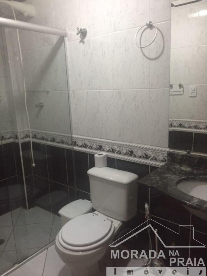 Banheiro do apartamento com 1 dormitórios em CANTO DO FORTE - PRAIA GRANDE