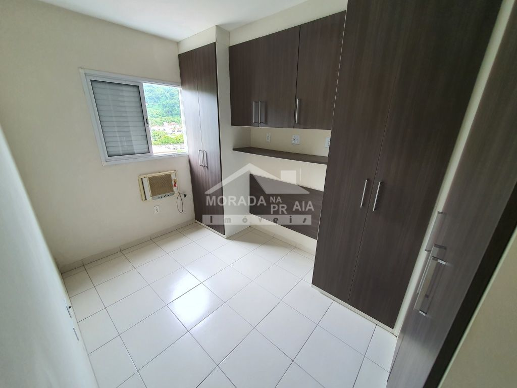 Vista da sala do apartamento com 2 dormitórios em CANTO DO FORTE - PRAIA GRANDE