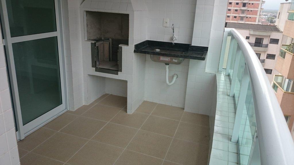 Churrasqueira e pia do apartamento com 1 dormitórios em AVIAÇÃO - PRAIA GRANDE