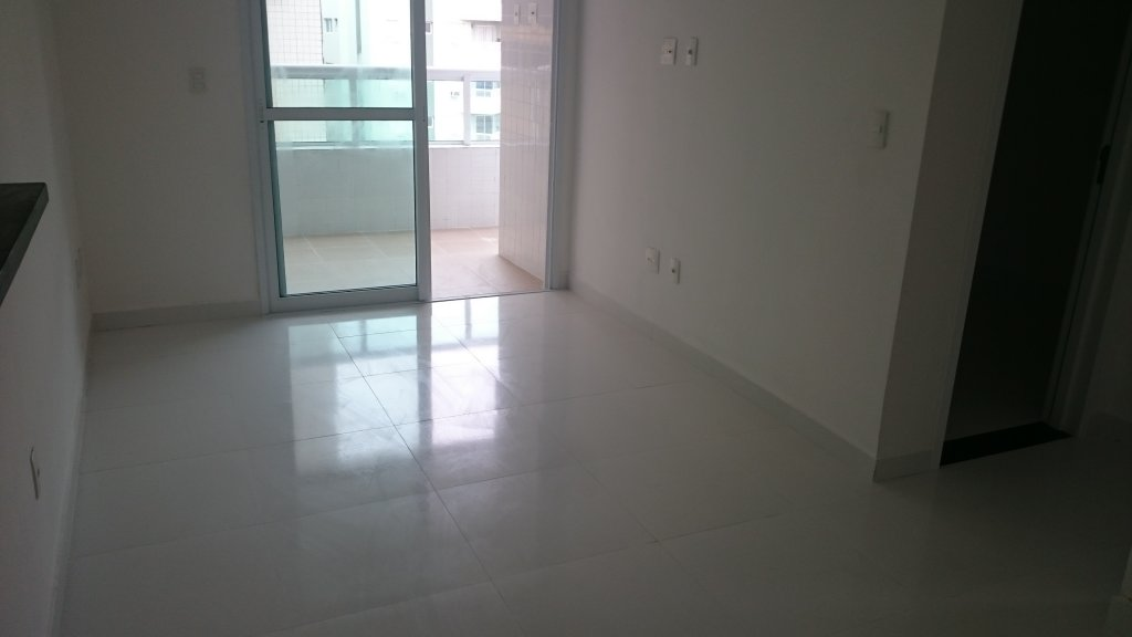 SAla do apartamento com 1 dormitórios em AVIAÇÃO - PRAIA GRANDE