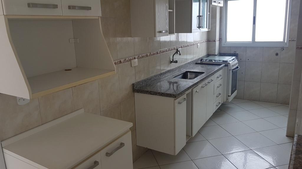 Cozinha do cobertura com 2 dormitórios em MIRIM - PRAIA GRANDE