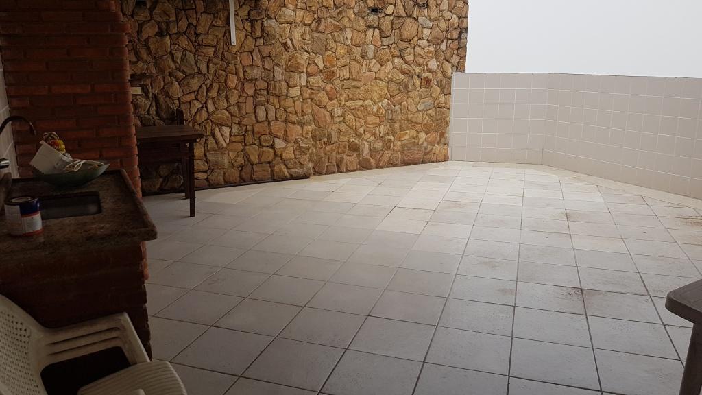 Quintal do cobertura com 2 dormitórios em MIRIM - PRAIA GRANDE