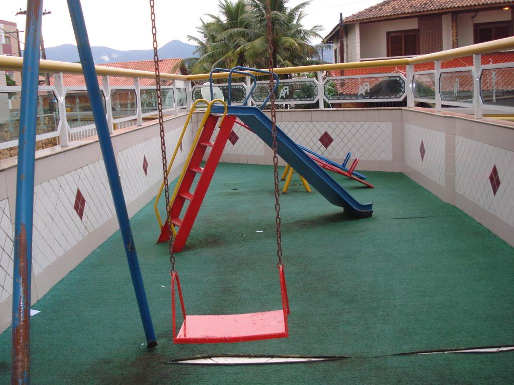 Playground do cobertura com 2 dormitórios em MIRIM - PRAIA GRANDE