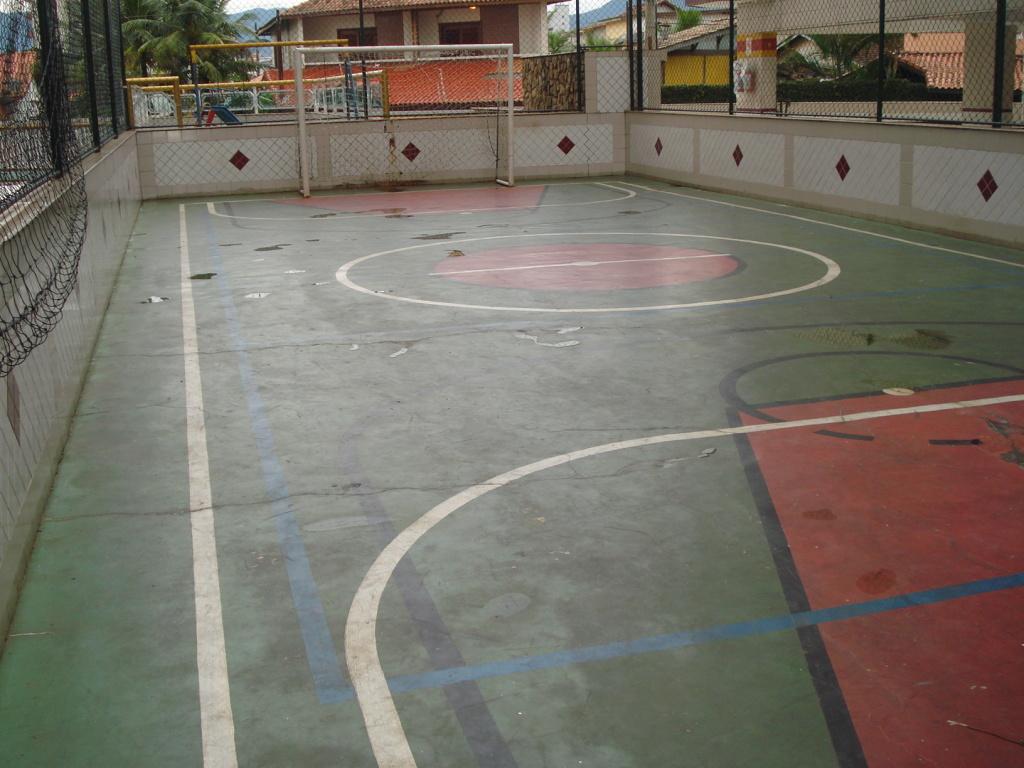 Quadra poliesportiva do cobertura com 2 dormitórios em MIRIM - PRAIA GRANDE