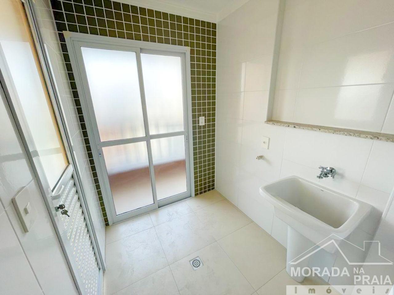 Suúte 02 do apartamento com 3 dormitórios em CANTO DO FORTE - PRAIA GRANDE