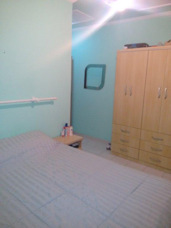 Sauíte ang 2 do apartamento com 2 dormitórios em CANTO DO FORTE - PRAIA GRANDE