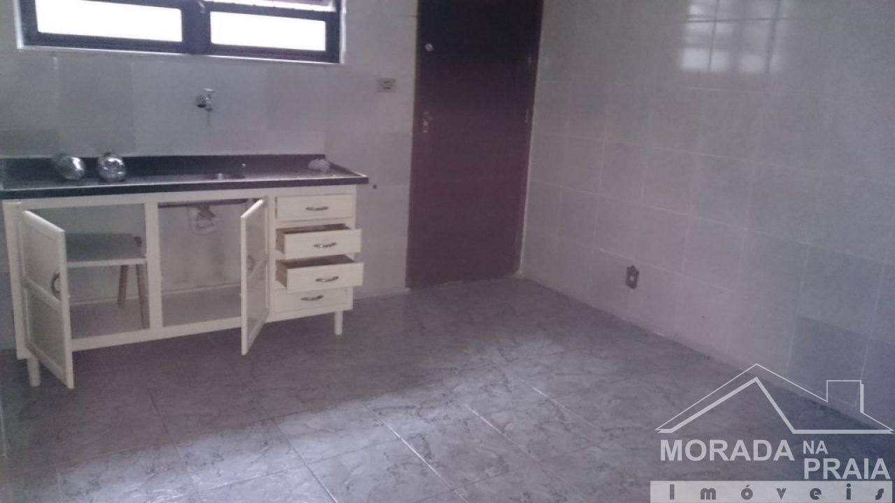 Cozinha do casa geminada com 2 dormitórios em Vila Tupi - Praia Grande