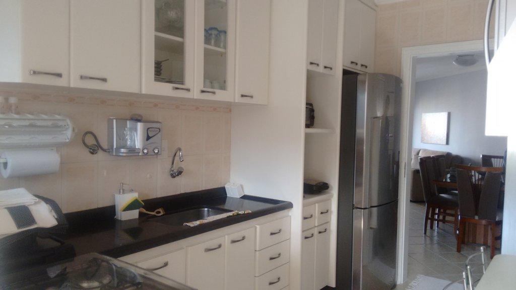 Cozinha ang 1 do apartamento com 2 dormitórios em TUPI - PRAIA GRANDE