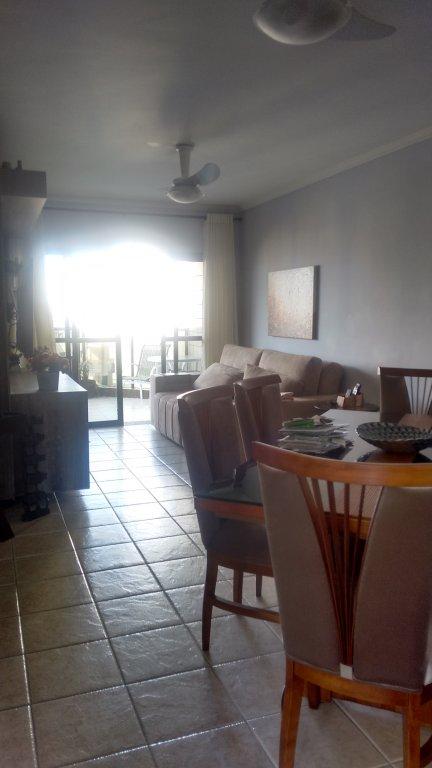 Sala ang 1 do apartamento com 2 dormitórios em TUPI - PRAIA GRANDE