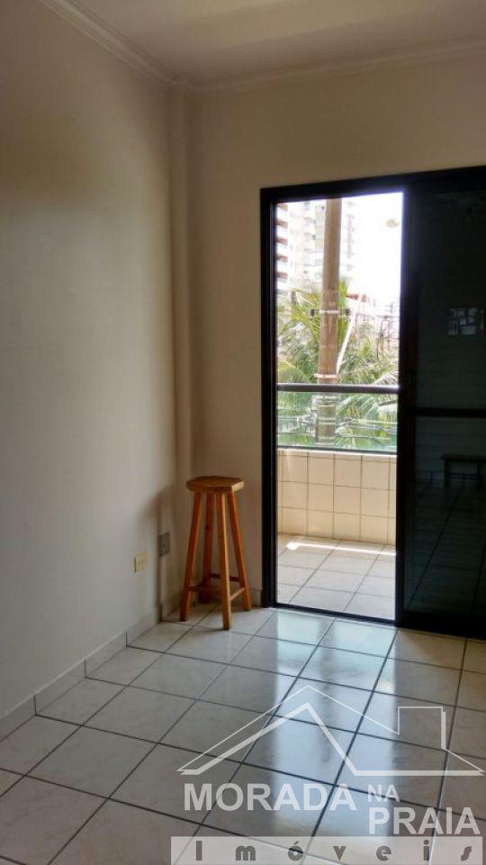 DORMITÓRIO do apartamento com 2 dormitórios em Vila Guilhermina - Praia Grande