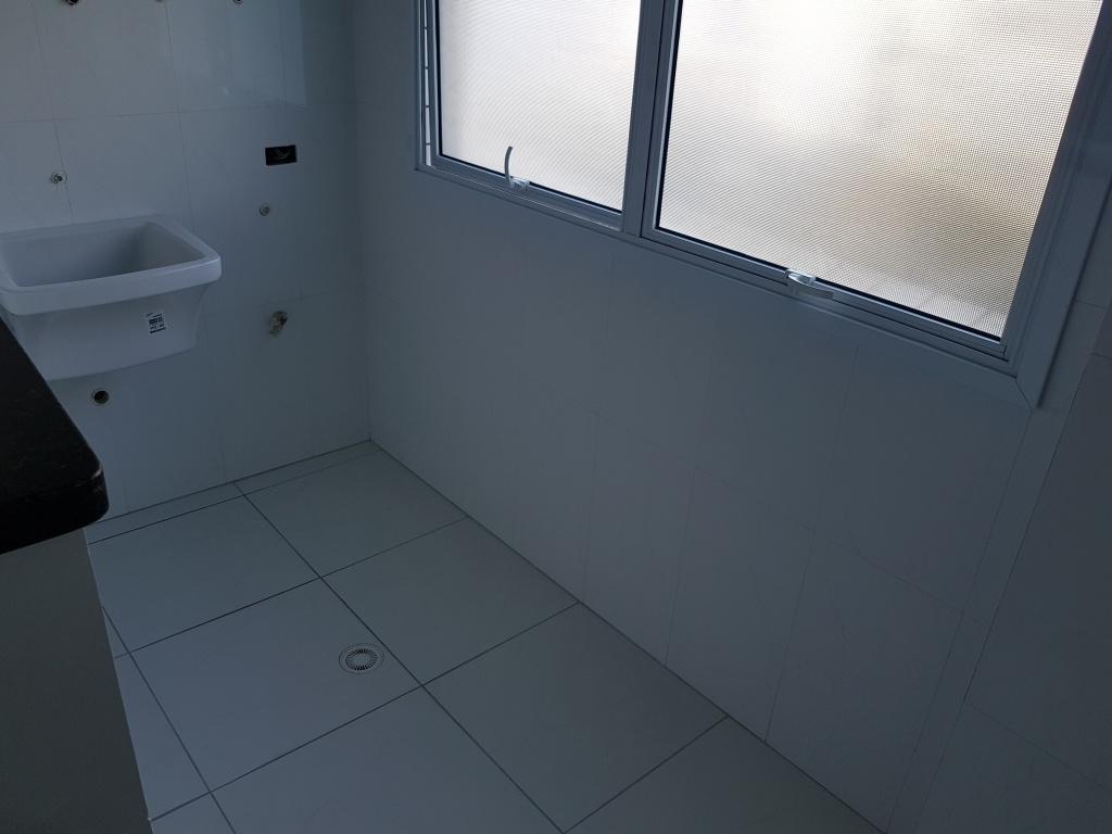 Área de serviço do apartamento com 3 dormitórios em Canto do Forte - Praia Grande