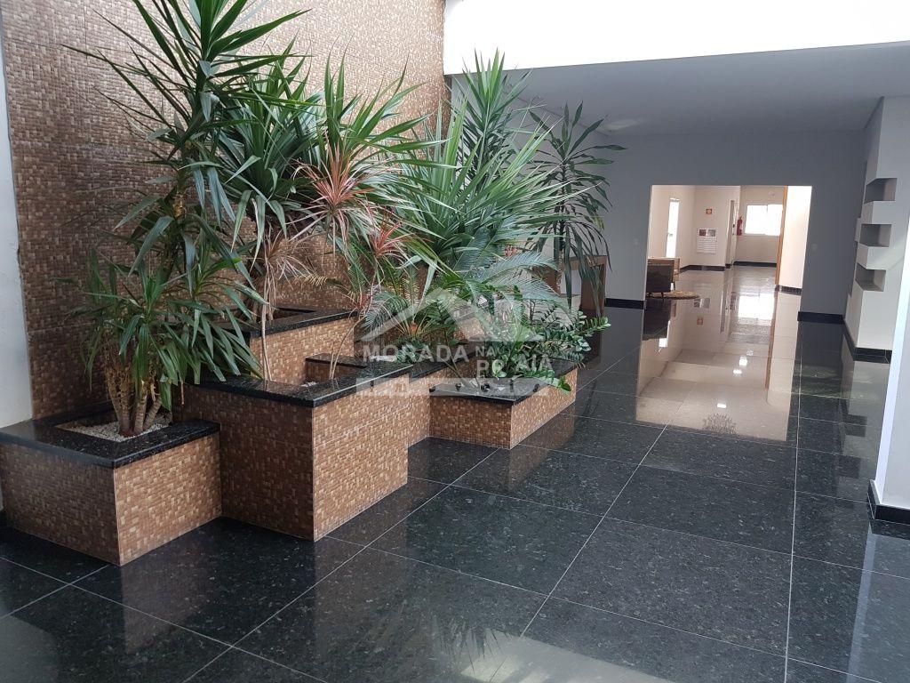 Hall de entrada do apartamento com 3 dormitórios em Canto do Forte - Praia Grande