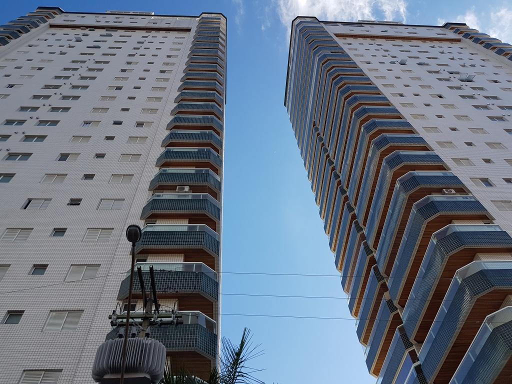 Fachada do cobertura com 4 dormitórios em CANTO DO FORTE - PRAIA GRANDE