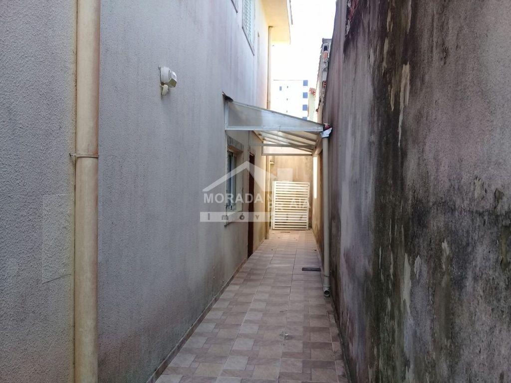 Corredor 01 do condomínio fechado com 2 dormitórios em Vila Mirim - Praia Grande