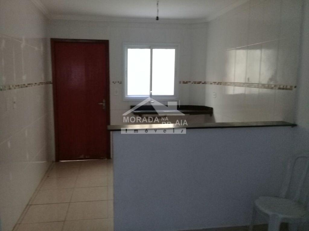 Cozinha do condomínio fechado com 2 dormitórios em Vila Mirim - Praia Grande