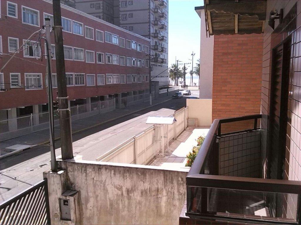 SOBRADO GEMINADO para Venda - Cidade Ocian