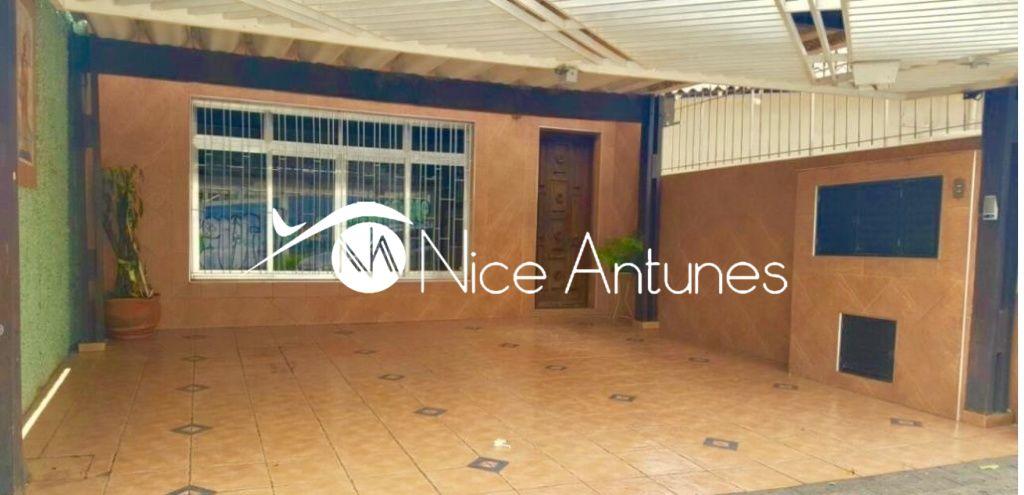 Casa Assobradada para Locação - Parque Peruche
