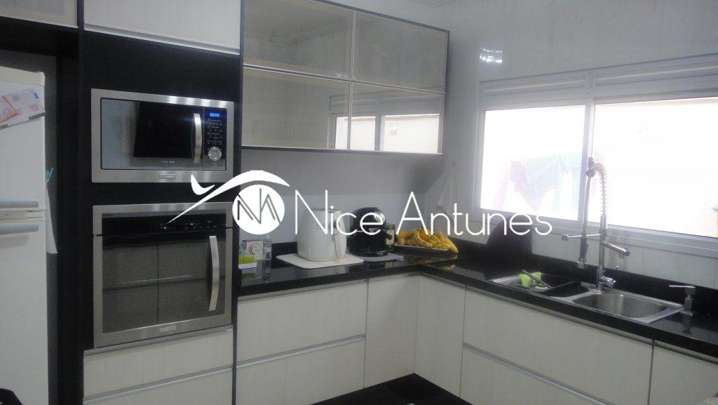 Casa em condomínio à Venda - Vila Albertina