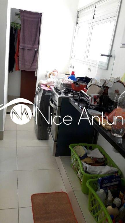 Apartamento de 2 dormitórios à venda em Vila Dionisia, São Paulo - SP