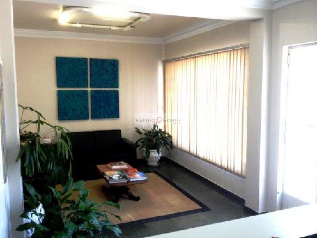 Casa Comercial de 9 dormitórios em Água Branca, São Paulo - SP