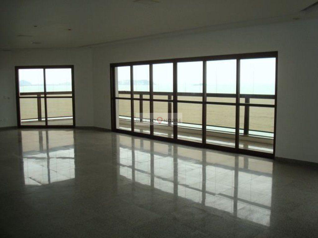 Cobertura de 4 dormitórios em Jardim Astúrias, Guarujá - SP
