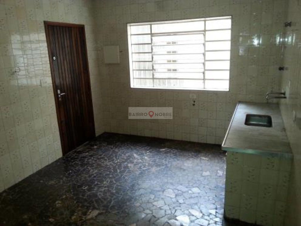 Casa de 3 dormitórios em Jardim Promissão, São Paulo - SP