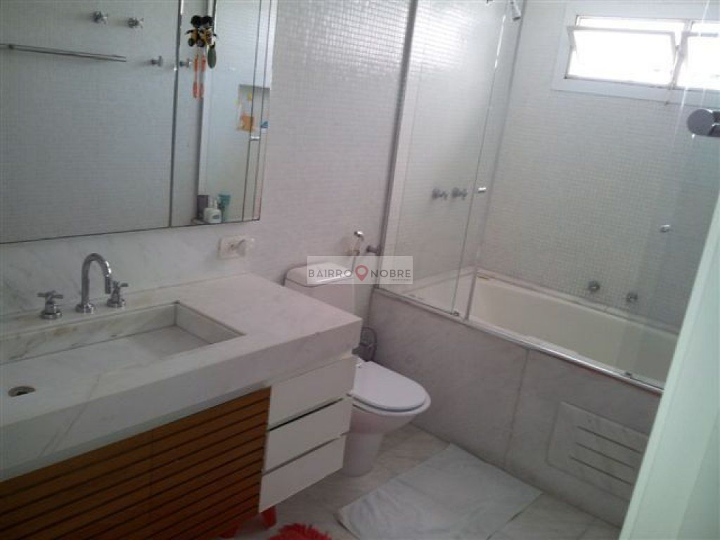 Cobertura de 4 dormitórios em Campo Belo, São Paulo - SP