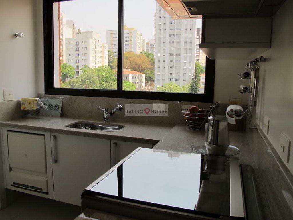 Apartamento de 3 dormitórios em Jardim Das Bandeiras, São Paulo - SP