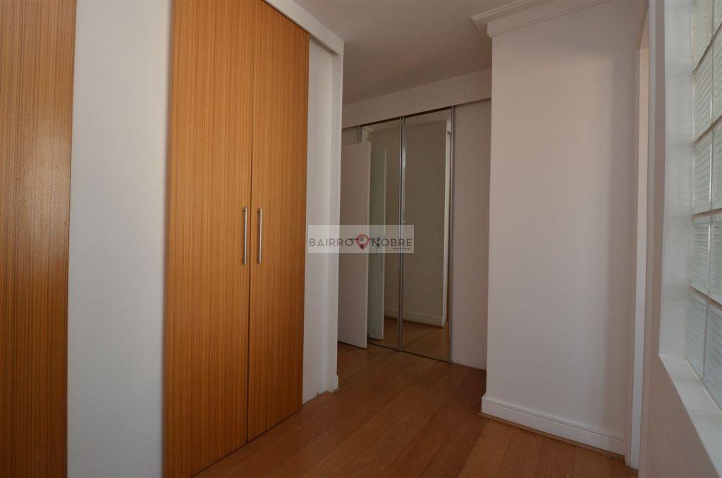 Cobertura de 3 dormitórios em Vila Nova Conceição, São Paulo - SP