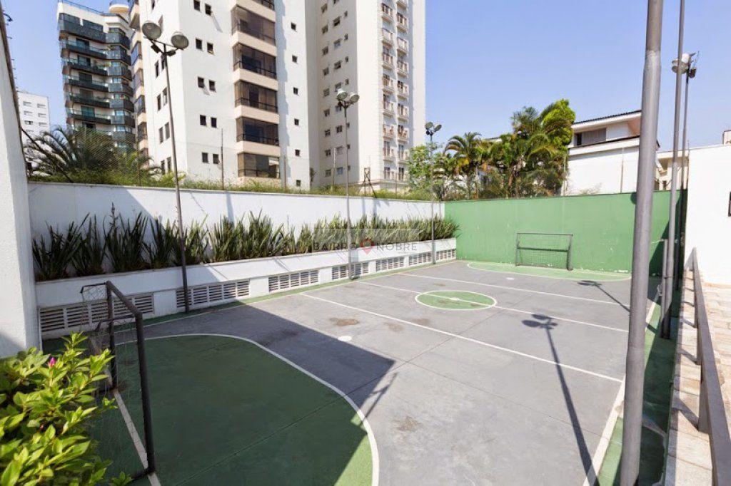 Cobertura de 4 dormitórios em Indianópolis, São Paulo - SP