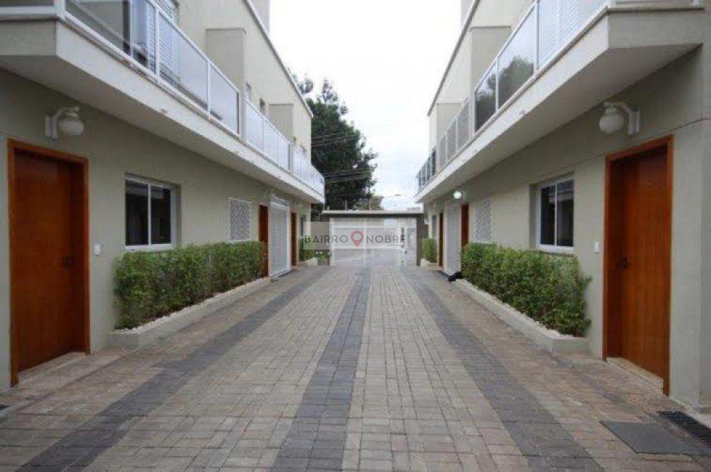 Casa de 3 dormitórios em Vila Moinho Velho, São Paulo - SP