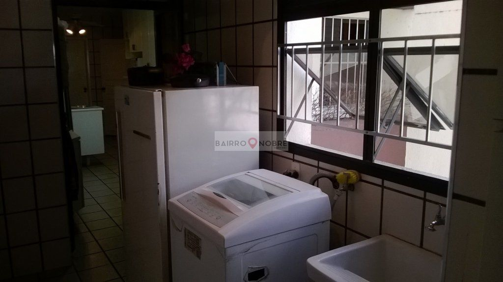 Apartamento de 4 dormitórios em Moema, São Paulo - SP