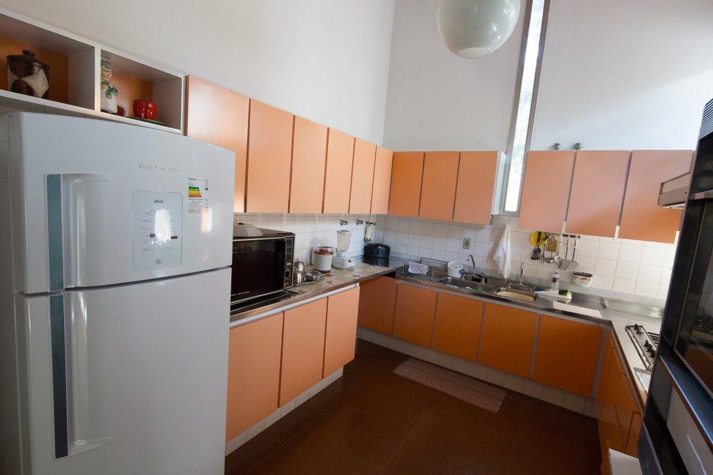 Casa de 3 dormitórios em Interlagos, São Paulo - SP