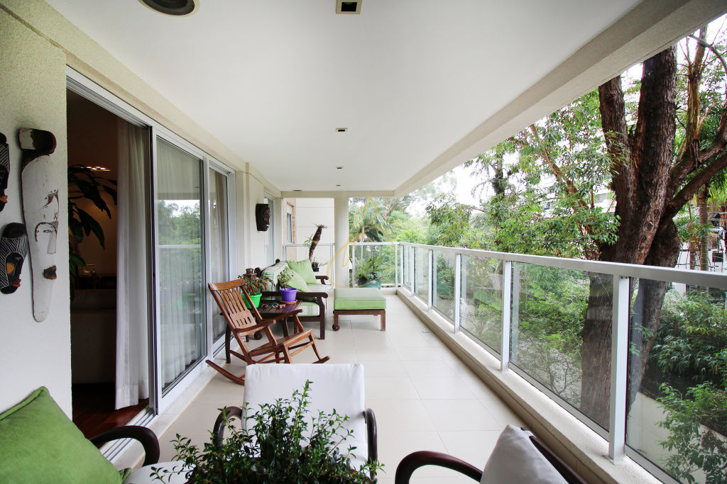 Apartamento de 4 dormitórios à venda em Chácara Santo Antônio, São Paulo - SP