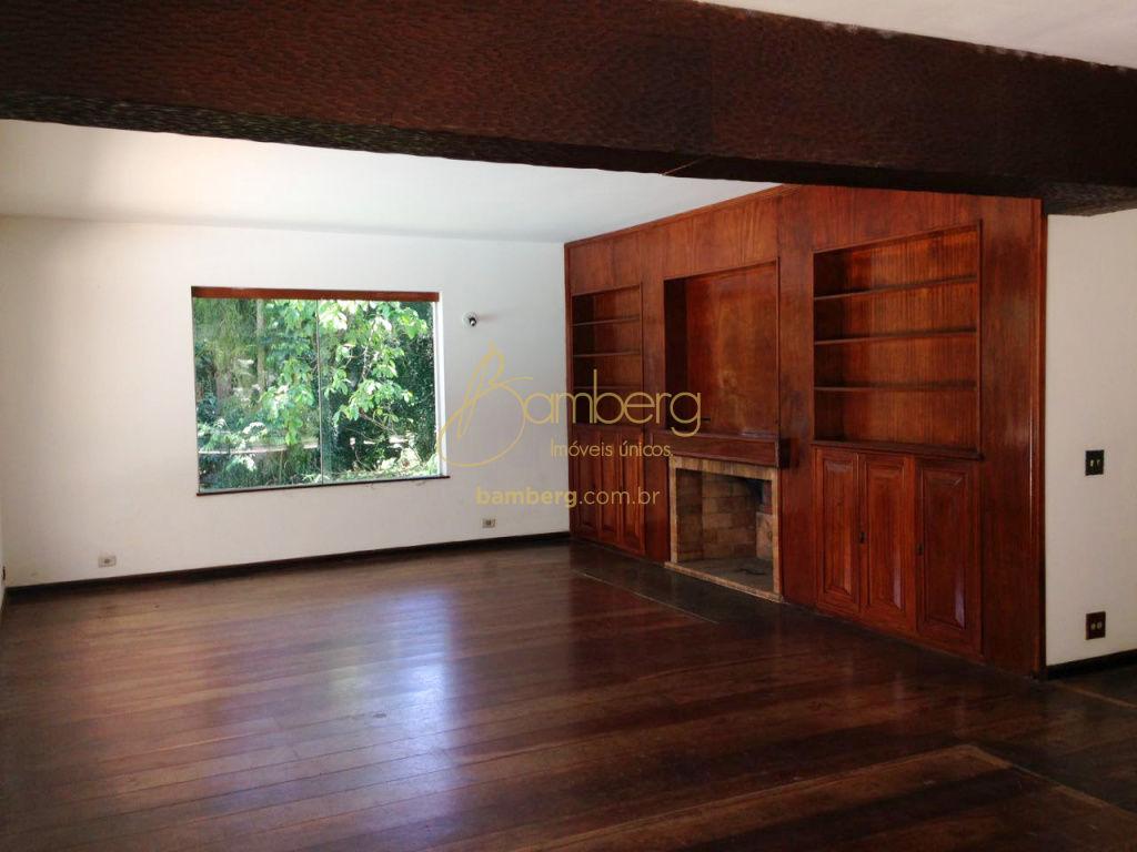 Casa de 5 dormitórios à venda em Vila São José, São Paulo - SP