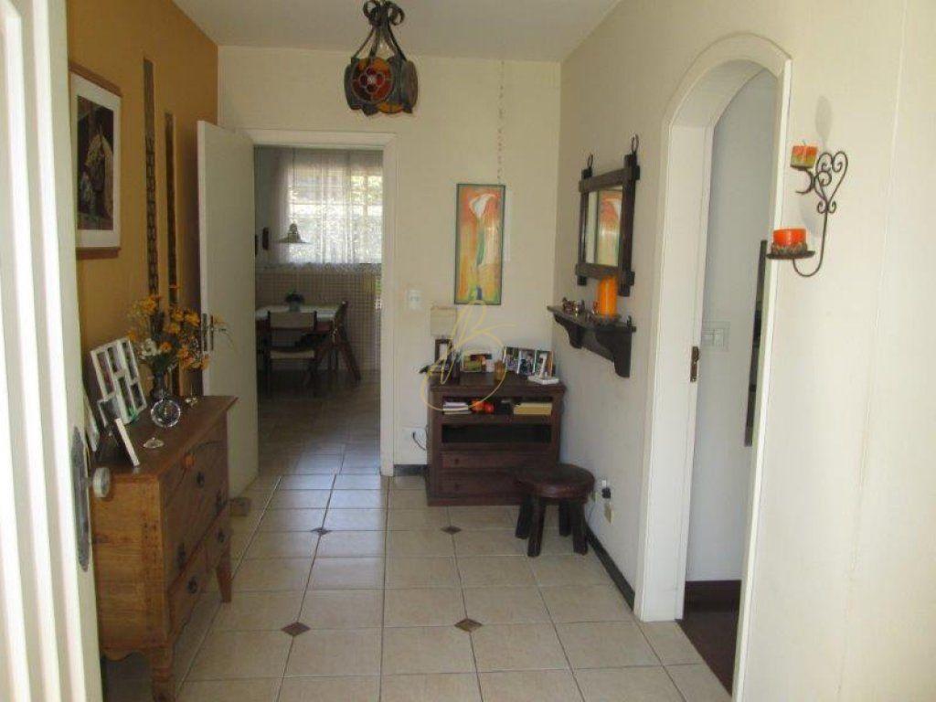Casa de 3 dormitórios à venda em Chácara Canta Galo, Cotia - SP